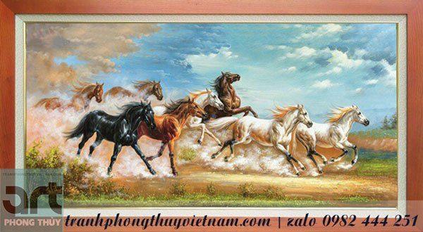 tranh ngựa chạy trên mặt đất