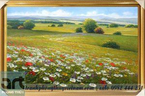 tranh phong cảnh vẽ cánh đồng hoa