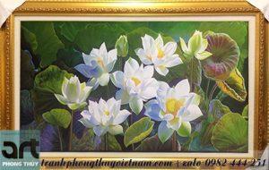tranh sơn dầu hoa sen màu trắng tinh khôi