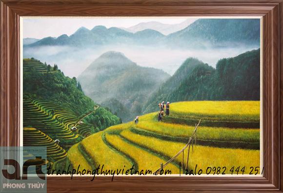bức tranh phong cảnh ruộng bậc thang và núi rừng tây bắc