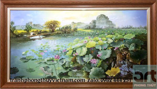 bức tranh hoa sen treo phòng khách