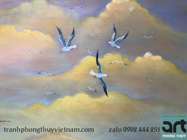 đàn chim hải âu bay trên bầu trời