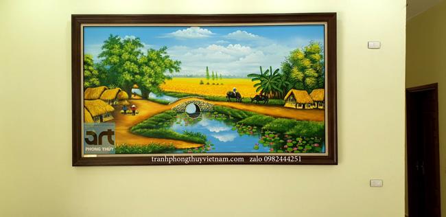 tranh phong cảnh thiên nhiên treo phòng khách gia đình